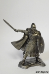 Викинг с мечем