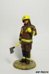 Английский пожарный с топором, Лондон 2003 г.