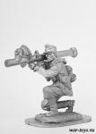 Стрелок расчета Panzerschreck - Оловянный солдатик. Чернение. Высота солдатика 54 мм