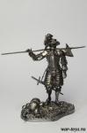 Ландскнехт с алебардой - Оловянный солдатик. Чернение. Высота солдатика 54 мм