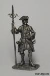 Канонир Артиллерийского плк. с пальником, 1704-25 - Оловянный солдатик. Чернение. Высота солдатика 54 мм