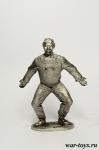 Житель планеты Плюк - Оловянный солдатик. Чернение. Высота солдатика 54 мм