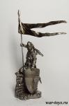 Средневековый рыцарь со штандартом, XII в. - Оловянный солдатик. Чернение. Высота солдатика 54 мм