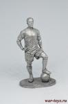 Футболист - капитан команды - Не крашенный оловянный солдатик. Высота 54 мм.