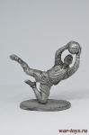 Футболист - вратарь (голкипер) - Не крашенный оловянный солдатик. Высота 54 мм.