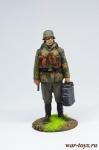 Немецкий солдат с термосами - Оловянный солдатик коллекционная роспись 54 мм. Все оловянные солдатики расписываются художником в ручную
