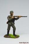 Немецкий пехотинец с винтовкой Mauser 98, 1944-45 гг. - Оловянный солдатик коллекционная роспись 54 мм. Все оловянные солдатики расписываются художником в ручную