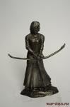 Скандинавская лучница - Не крашенный оловянный солдатик. Высота 54 мм.