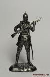 Красноармеец стрелок - Не крашенный оловянный солдатик. Высота 54 мм.