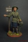 Девушка-инструктор МПВО с ручной сиреной, 1941-44 - Оловянный солдатик коллекционная роспись 54 мм. Все оловянные солдатики расписываются художником вручную