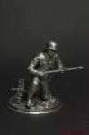 Немецкий солдат,2-ая мировая,на колене,с фаустпатроном