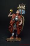 Римский Солдат в походе - Оловянный солдатик коллекционная роспись 54 мм. Все оловянные солдатики расписываются художником вручную
