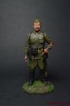 Лейтенант - командир артиллерийской батареи 48-й стрелковой диви