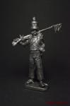 Капрал вольтижеров французской пехоты 1812-15 год - Не крашенный оловянный солдатик. Высота 54 мм