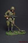 Рядовой сапёрных частей Красной Армии с миноискателем 1943-45 - Оловянный солдатик, роспись 54 мм. Все оловянные солдатики расписываются художником вручную