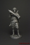 Красноармеец-мин с миной к 120-мм плк. миномёту 1941-43 СССР - Оловянный солдатик. Чернение. Высота фигурки 54 мм