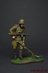 Рядовой сапёрных частей Красной Армии с миноискателем 1943-45 - Оловянный солдатик коллекционная роспись 54 мм. Все фигурки расписываются художником вручную