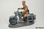 """Солдат Легиона """"Кондор"""" на мотоцикле BMW R35"""